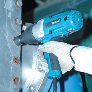 מפתח אימפקט מקיטה חשמלי לבוקסות 380W TW0200 1/2
