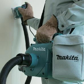 שואב אבק נטען DVC350 18V  מתוצרת Makita