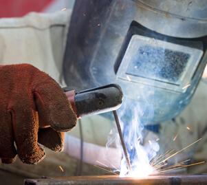 אפעל תיקונים - אלקטרודה עם תפוקת מתכת גבוהה לריתוך פלדות קשות-Z-307 HR