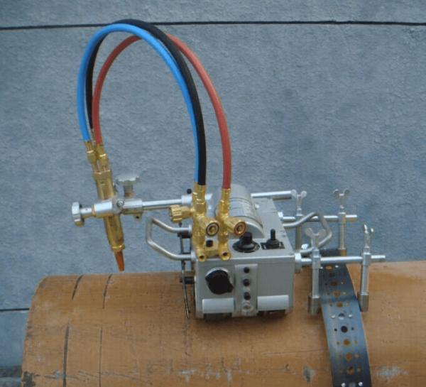 אפעל תיקונים - מכונה ידנית לחיתוך צנרת וביצוע פאזות בפעולה אחת - PIPE – CUT